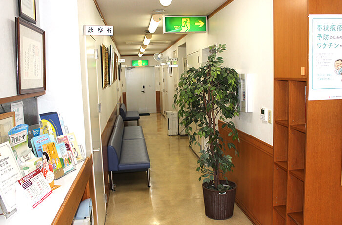 廊下・中待合室